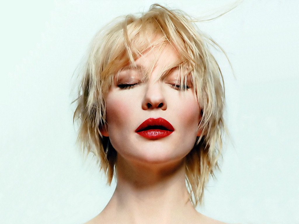 Cate Blanchett (1024x768 - 162 KB)