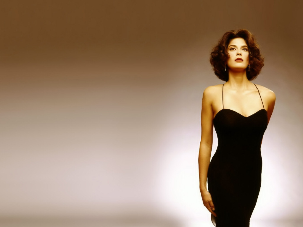 Teri Hatcher (1024x768 - 80 KB)