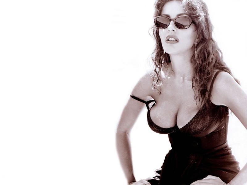 Sabrina Ferilli (800x600 - 64 KB)