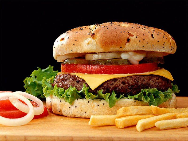 Hamburger (800x600 - 97 KB)