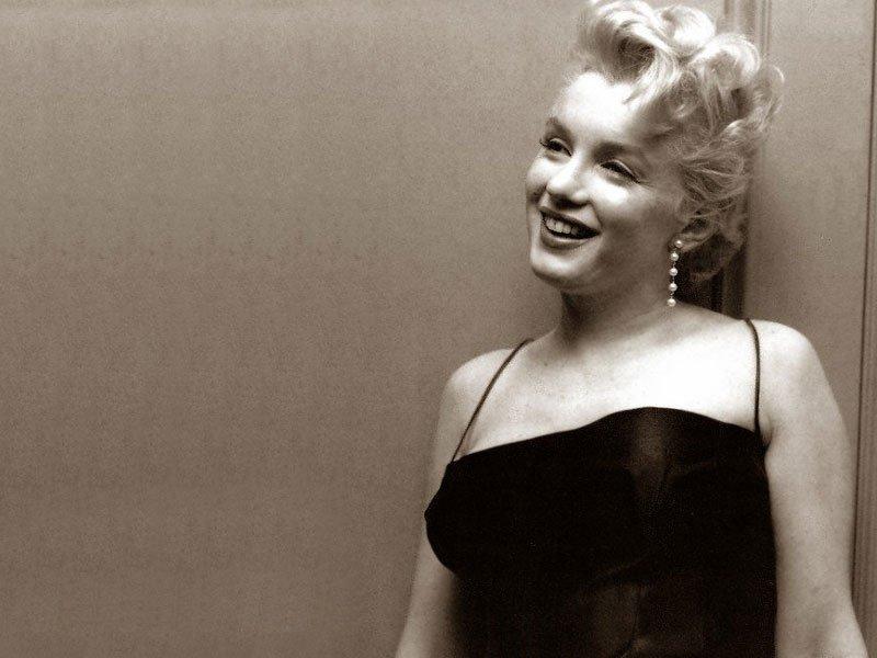 Marilyn Monroe (800x600 - 66 KB)