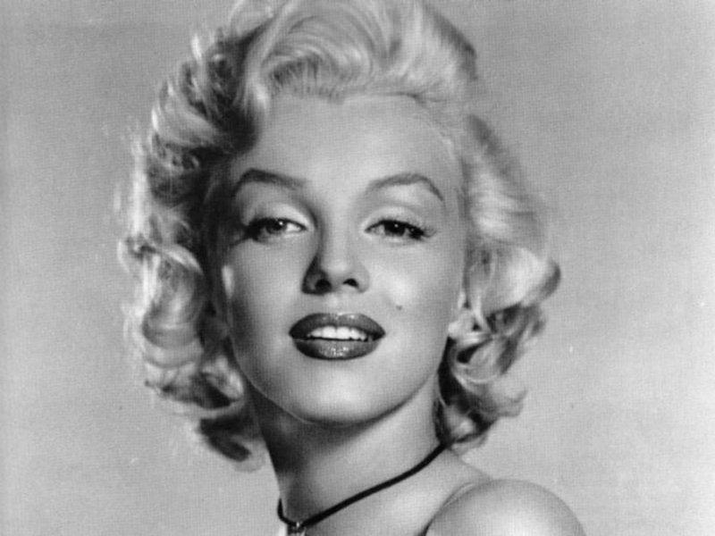 Marilyn Monroe (800x600 - 64 KB)