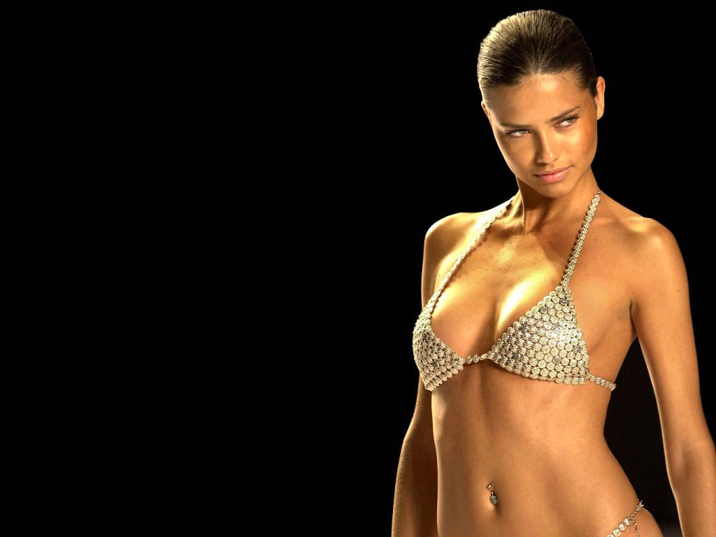 Adriana Lima (1024x768 - 108 KB)