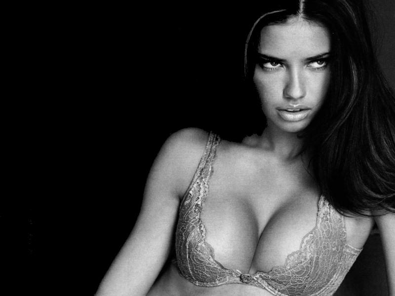 Adriana Lima (800x600 - 78 KB)