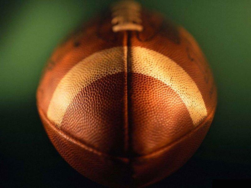 Football (800x600 - 64 KB)