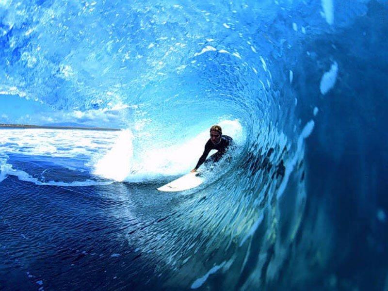 Surf (800x600 - 101 KB)