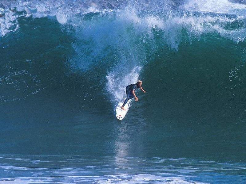 Surf (800x600 - 103 KB)