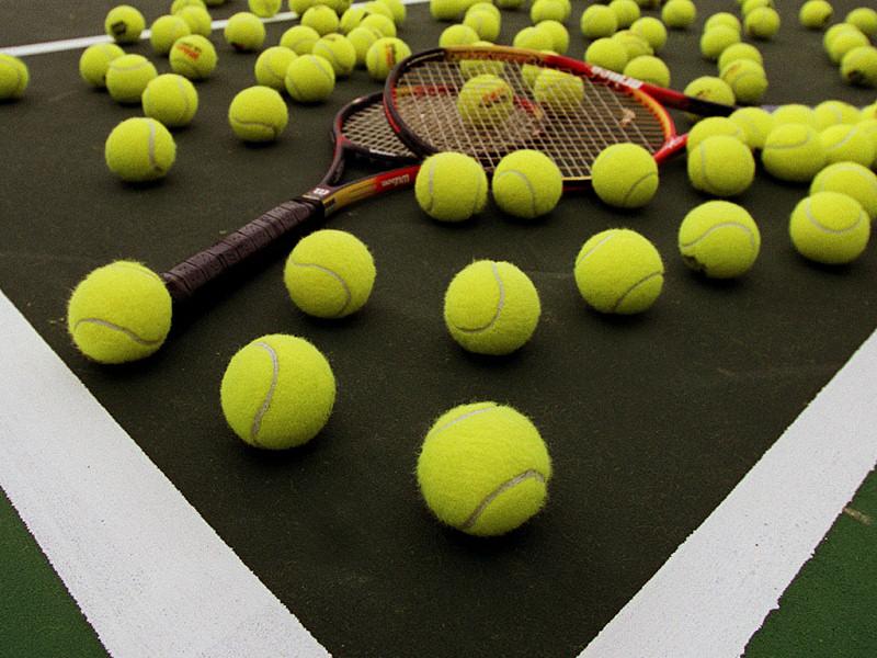 Tennis (800x600 - 182 KB)