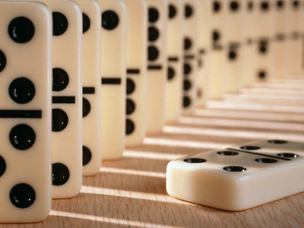 Domino (1024x768 - 153 KB)
